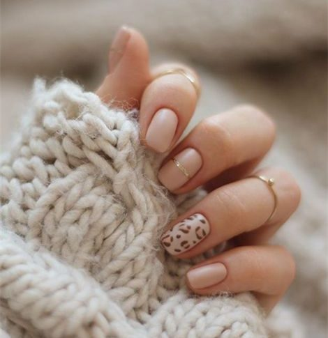 Winter Manicure Style, Warm and Temperament